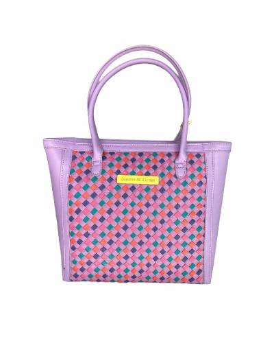 Bolsa mediana color lila...